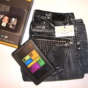 Robin's Jean size 31 with free tablet